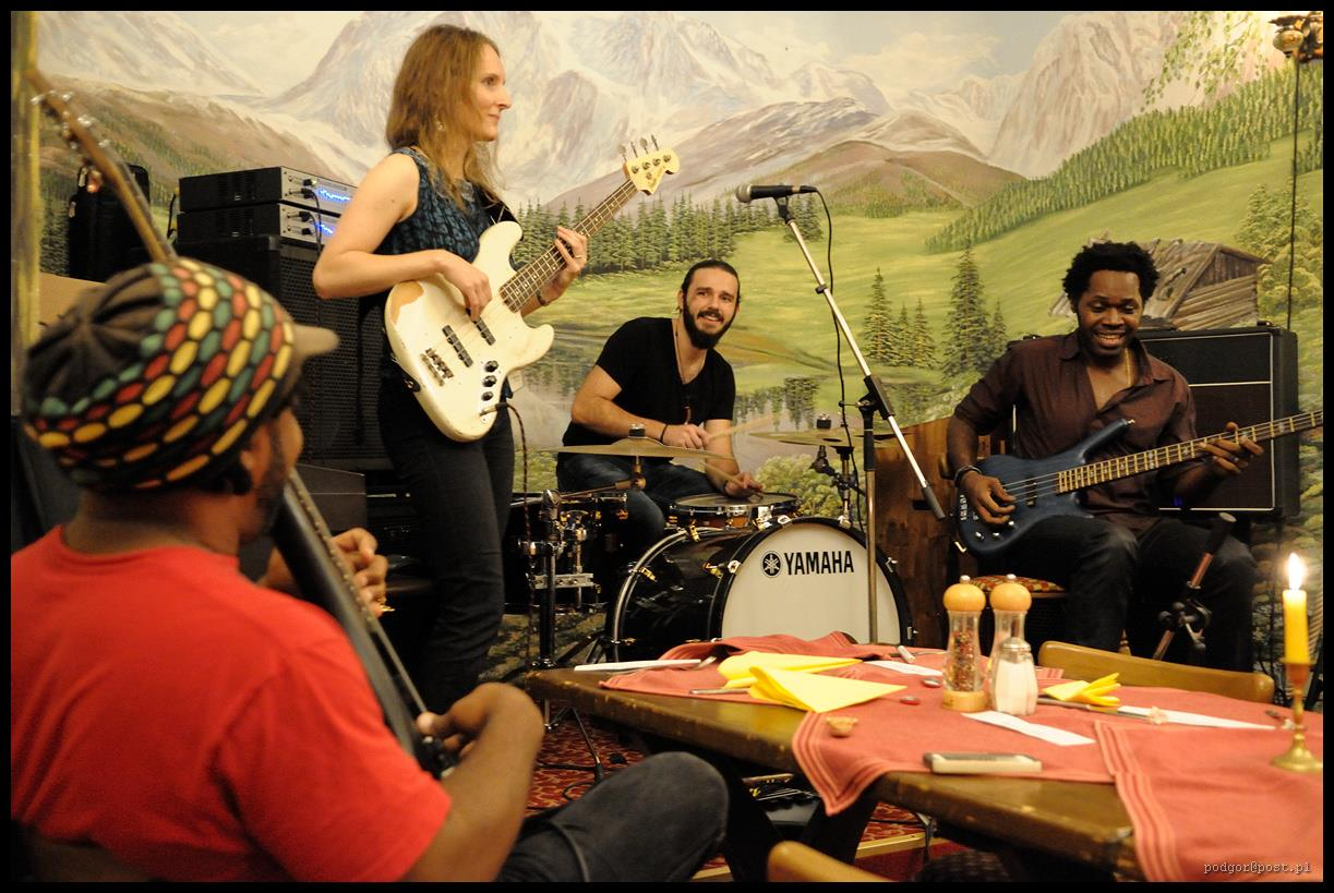 Simone Croes with Victor Wooten and Armand Sabal-Lecco